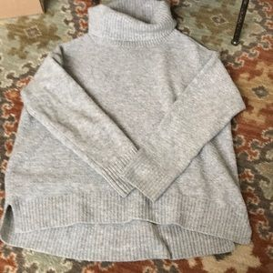 Grey old navy chunky sweater